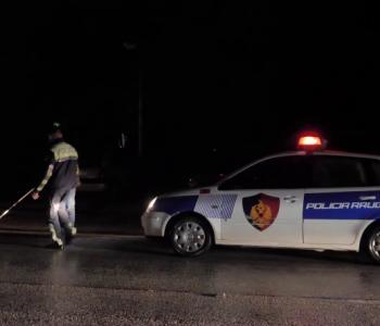 Makina del nga rruga, humbin jetën dy të rinj