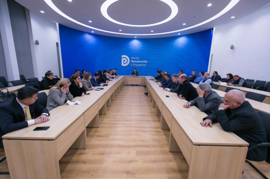 PD mbledh kryesinë: Protestë masive më 16 shkurt në Tiranë