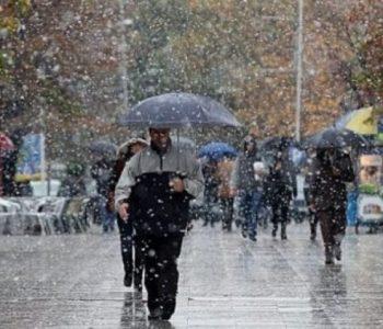 Reshje shiu dhe dëbore! Ja si parashikohet moti sot në vendin tonë