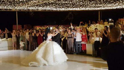 Martohet futbollisti i kombëtares shqiptare, pamjet nga dasma përrallore në Kalanë e Rozafës (Foto)