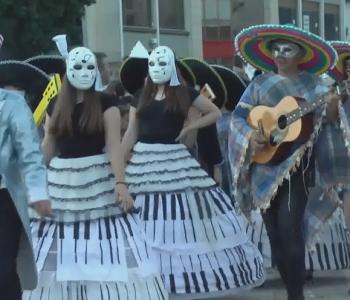 Korça çel sezonin turistik me festivalin e karnavaleve