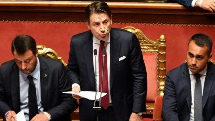 Kryeministri i Italisë, Giuseppe Conte paralajmëron dorëheqjen