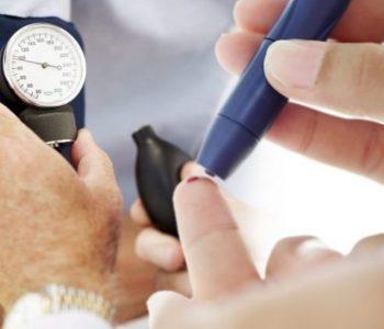 Diabeti, si mund të mbahet në kontroll gjatë verës
