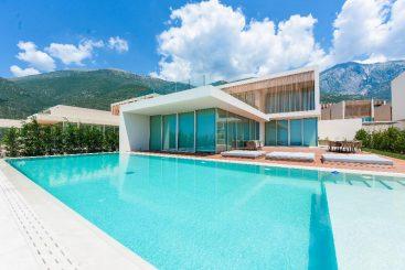 Ja cili është resorti në jug të Shqipërisë, destinacioni i ri për shumë artistë shqiptarë