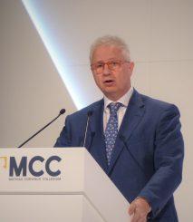 PE refuzon kandidatët rumunë dhe hungarezë për Komisionin Evropian