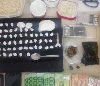 Shpërndante kokainë me motor, arrestohet shqiptari në Selanik