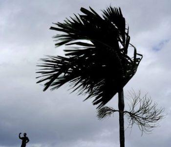Stuhia 'Humberto' pritet të godasë ishujt Bahamas
