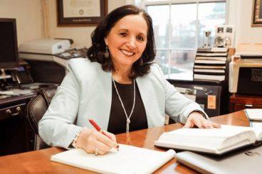 Një shqiptare kandidon për postin e prokurores në SHBA