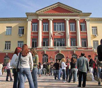 Situata financiare e studentëve shqiptare më e rënda në Europë, 73% në vështirësi financiare