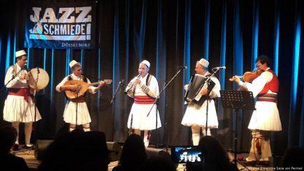 Polifonia shqiptare/ Sazet e Përmetit në turne në Gjermani