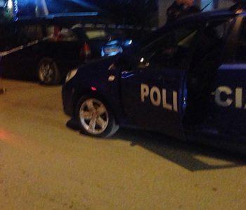 Aksidenti tragjik, makina shpërtheu në flakë pas përplasjes me kamionin