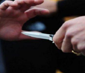Shkodër/ 20-vjeçari plagos me thikë kushëririn