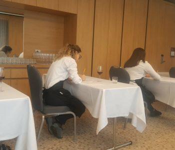 Zhvillohet konkursi i Sommelierëve në Tiranë (Video)