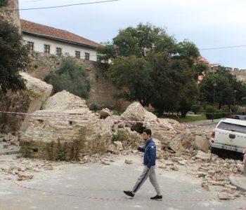 Tërmeti, bursë 15 mijë lekë në muaj për nxënësit që humbën të afërmit