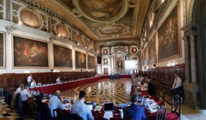 """Paketa """"Anti-Shpifje"""" mbërrin në Komisionin e Venecias, ja kur do të bëhet shqyrtimi"""