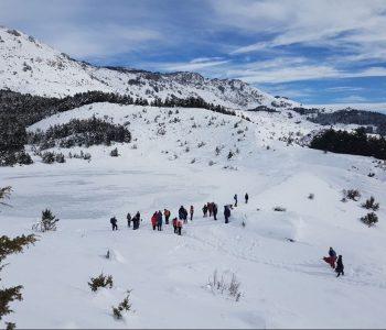 Rrëshqiti në Malin e Tomorrit, shpëtohet nga helikopteri alpinistja