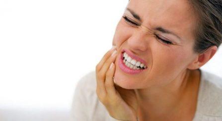 Mënyra efektive për të larguar përgjithmonë dhimbjen e dhëmbit