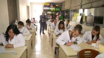 Rihapet portali për punësimin e infermierëve, procedurat e aplikimit