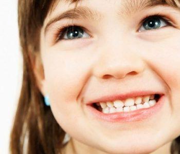 Fëmija juaj kërcet dhëmbët në gjumë, ja çfarë duhet të konsumojë
