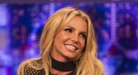 Britney Spears lëndon veten duke kërcyer, këngëtarja përfundon në spital