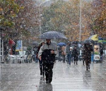 Reshje shiu në të gjithë territorin! Ja si parashikohet moti sot (Tabelat)