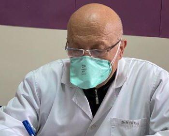 U rikthye te Infektivi pas daljes në pension, preket nga koronavirusi mjeku i njohur