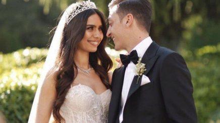 Mesut Ozil dhe Amine bëhen prindër, ja emri që kanë zgjedhur për vajzën (Foto)