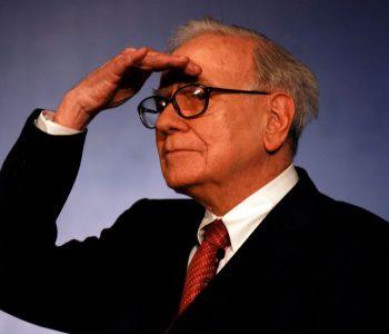 """Lëvizjet e gabuara të Warren Buffet në profecinë """"Mos vini bast kundër Amerikës"""""""