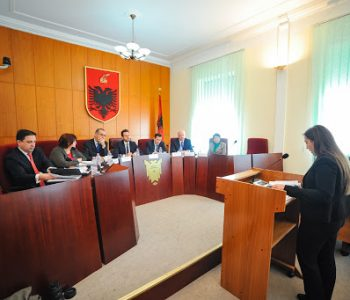 Merret vendimi/ Si do të zhvillohen seanca gjyqësore
