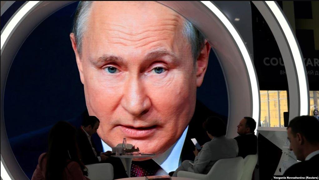 Анатомия слухов: в Кремле меняется климат